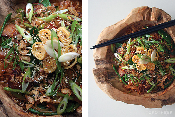 kimchi noedels met char siu op tokotheek