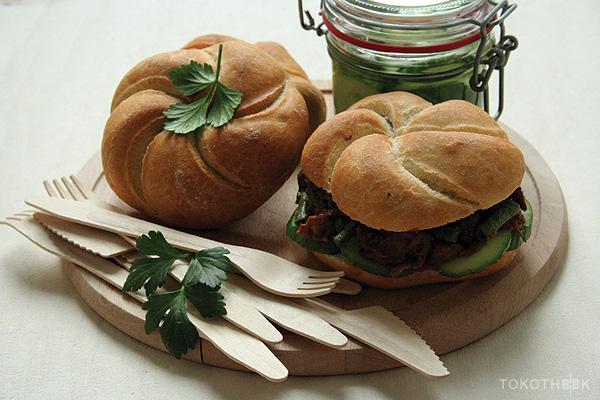 broodje zoutvlees met kouseband broodje zoutvlees op tokotheek