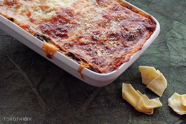 Wonton lasagne met bakkeljauw en tajerblad